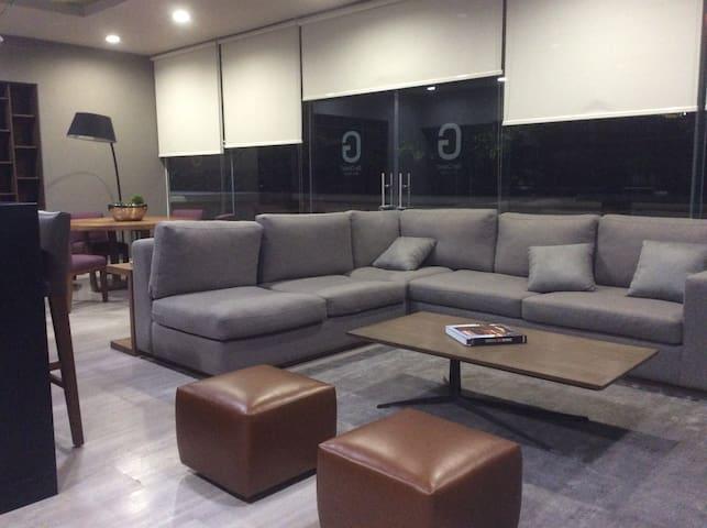 Room with private bathroom in luxury condo - Ciudad de México - Apartment