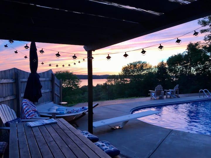 Modern Bluff Hideaway ~Lake Views~ New Listing!