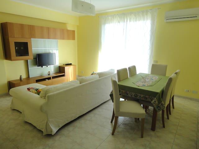 Fondachello's Apartment - Mascali - Apartemen