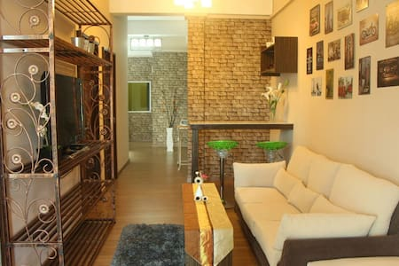 1 MINUTES TO TOWER SENTRAL INTAN HOMESTAY 6 ROOMS