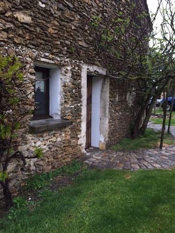 """""""Petite maison"""" - Tacoignières - House"""
