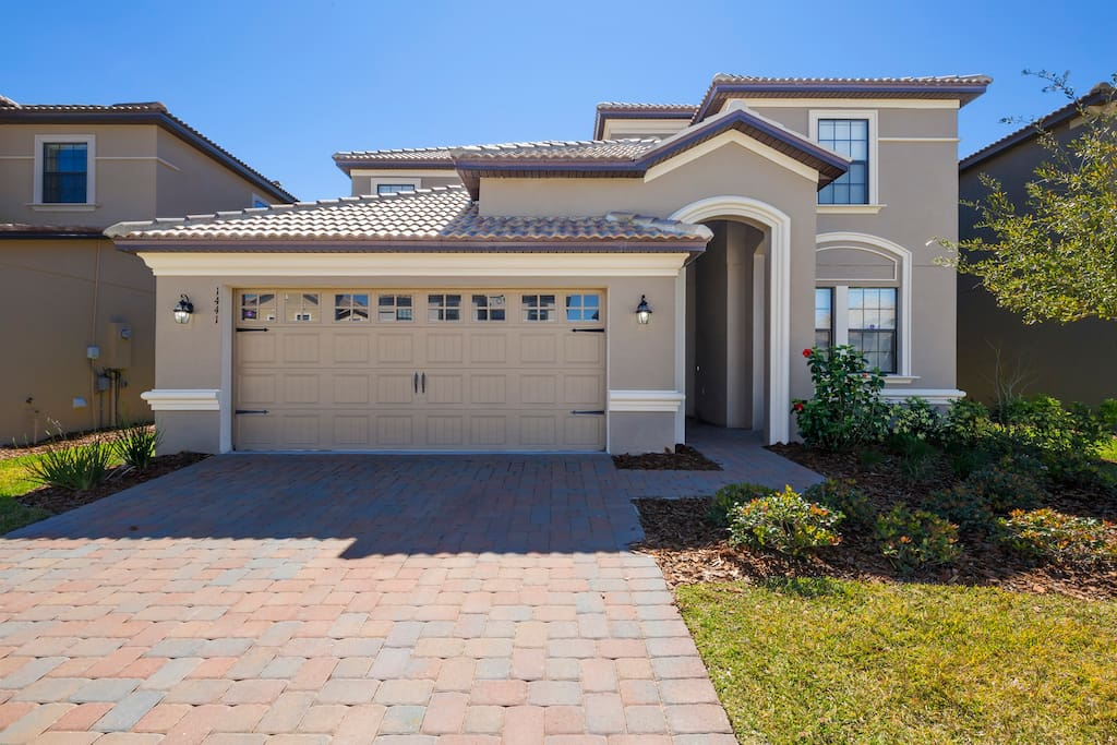 This spacious and professionally decorated 6 bedroom pool home is the perfect place for your next family vacation to Walt Disney World® Resort for a fraction of the cost of a similar standard hotel!