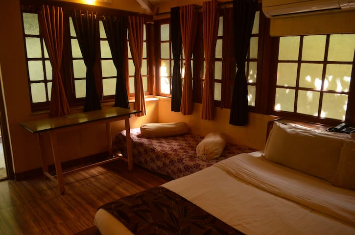 Stand alone Deluxe Triple - Panchgani - Boutique-hotell