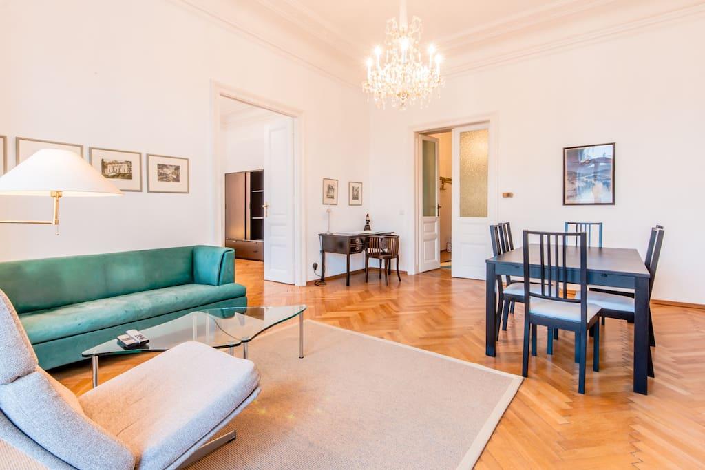 Classic design apartment in vienna apartments for rent for Designer apartment vienna