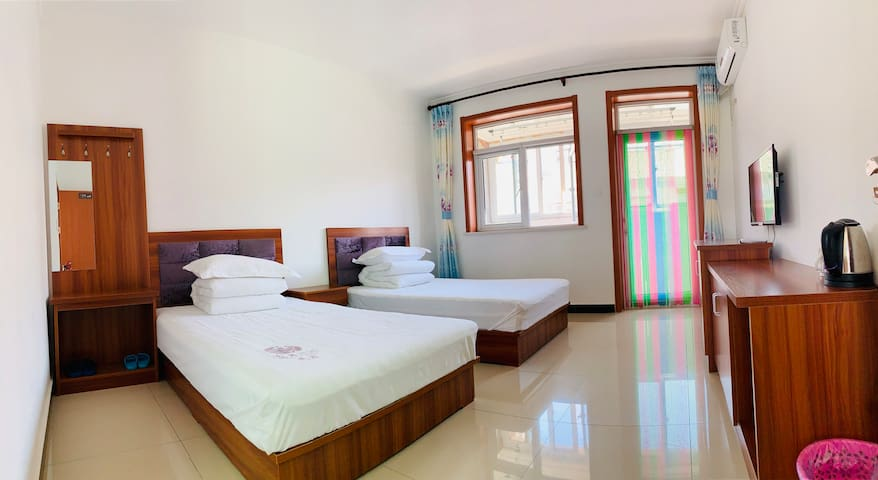 1.2米宽标准单人床两张
