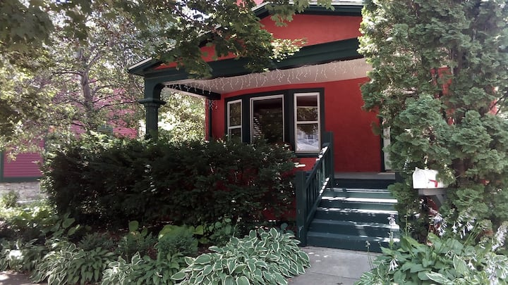 Appleton Arts & Crafts House offered long term