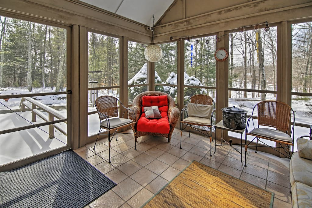 You'll love early mornings spent on the screened-in porch.