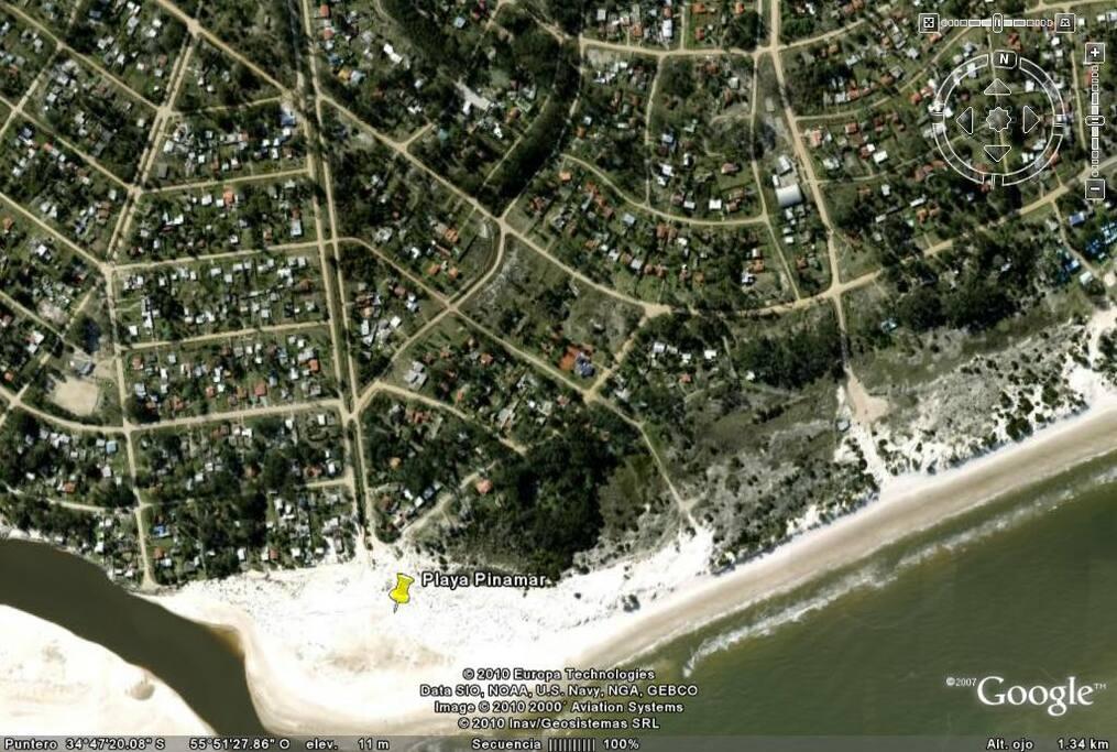 La casa está directamente con las dunas