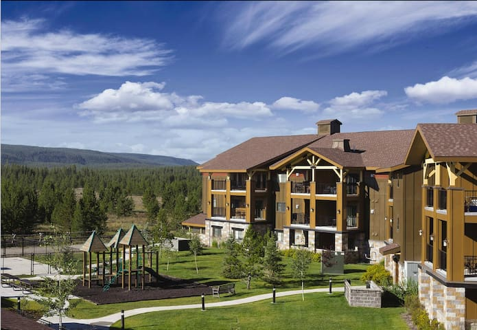 2 BD Queen@WorldMark West Yellowstone-no clean fee