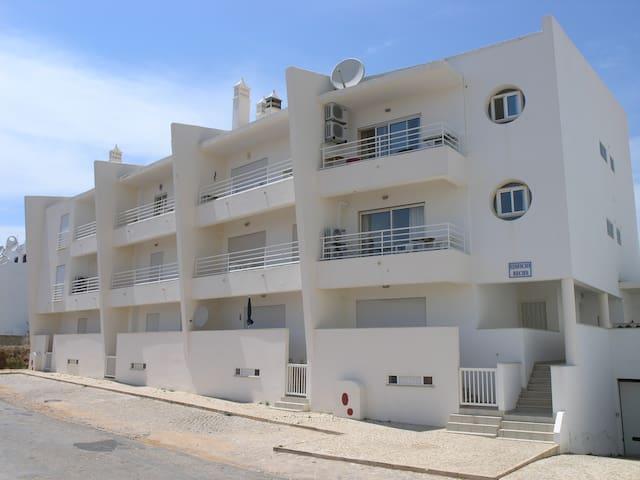 ❤️Algarve Apartment - mins walk beach, restaurants