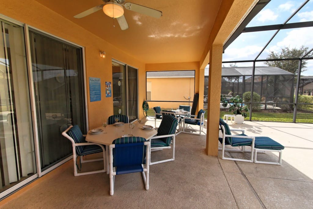 At least one evening, let the family enjoy an al-fresco meal together by the pool under the lanai. It's a great way to reconnect and something else you can remember and cherish.
