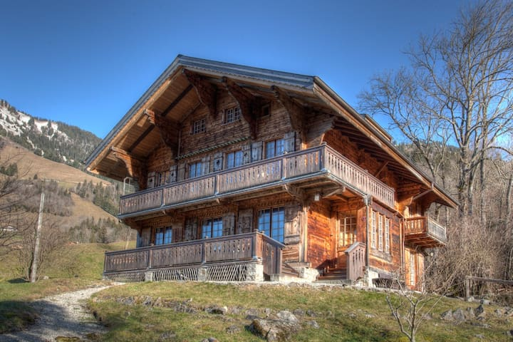 Beautiful Traditional Chalet - Rossinière - 牧人小屋