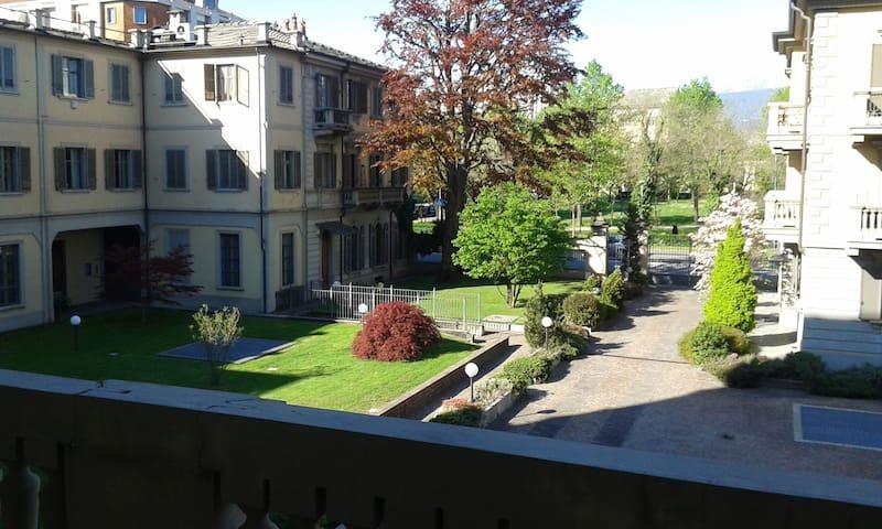 elegante e comodo appartamento - Pinerolo - Apartamento