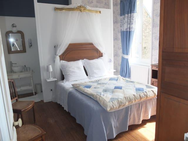Chambre romantique pour 2 - Planquery