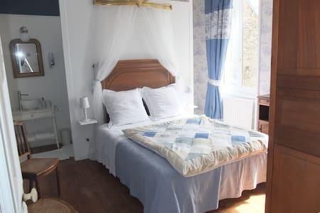 Chambre romantique pour 2 - Planquery - Bed & Breakfast