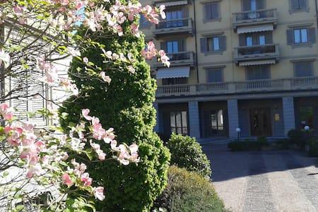 elegante e comodo appartamento - Apartamento