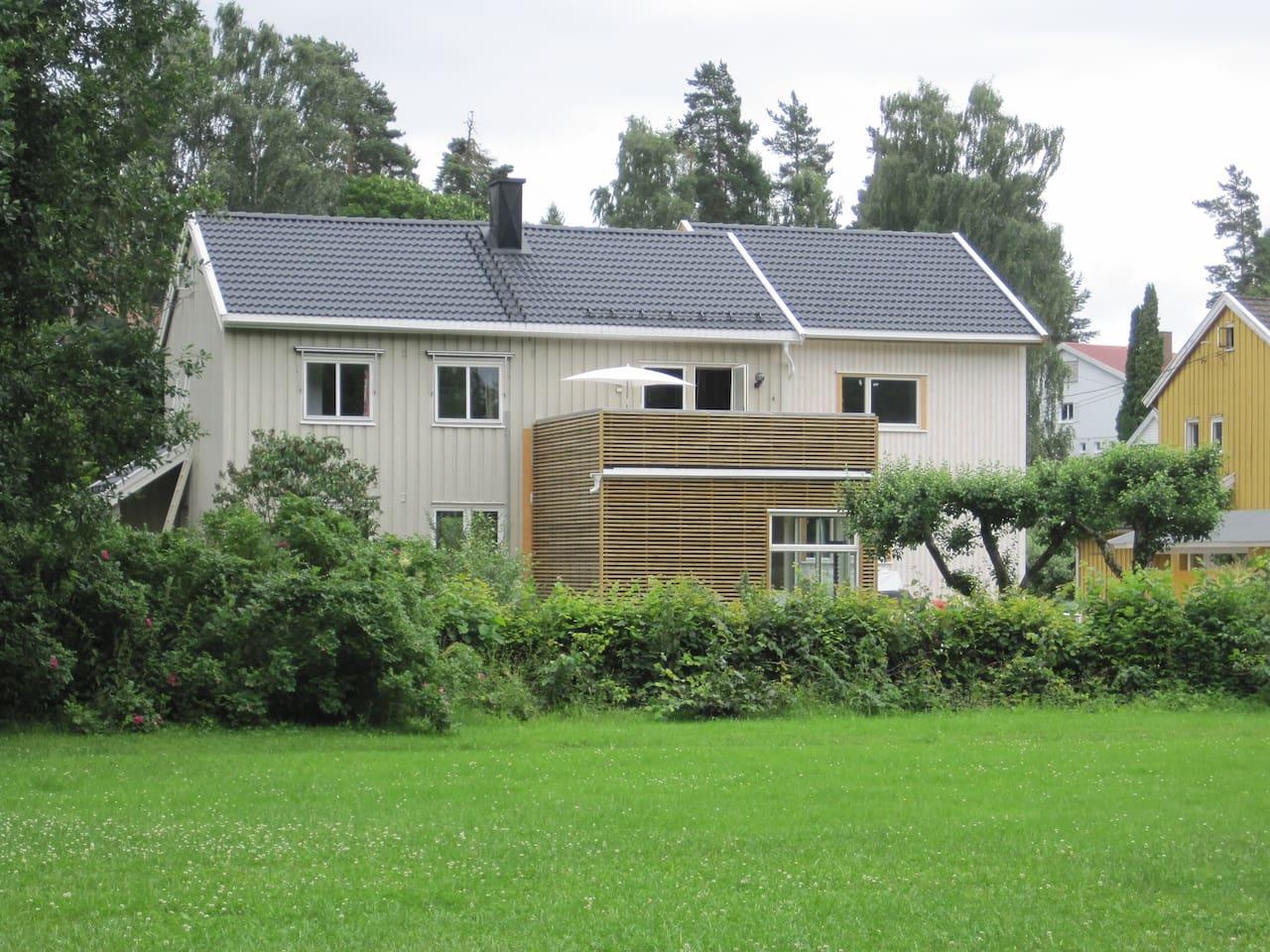 130 m2 home on 2nd floor, large, sunny veranda.