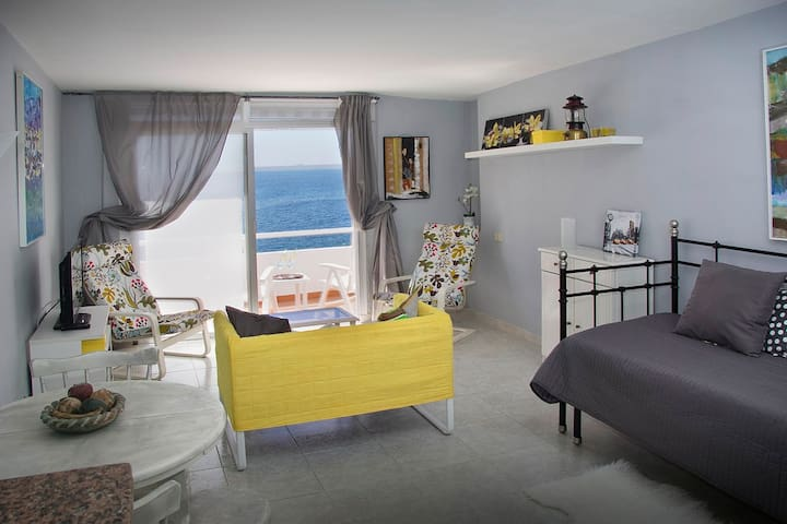 Nice apartment with sea views. - Callao Salvaje - Apartament