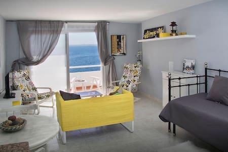 Nice apartment with sea views.