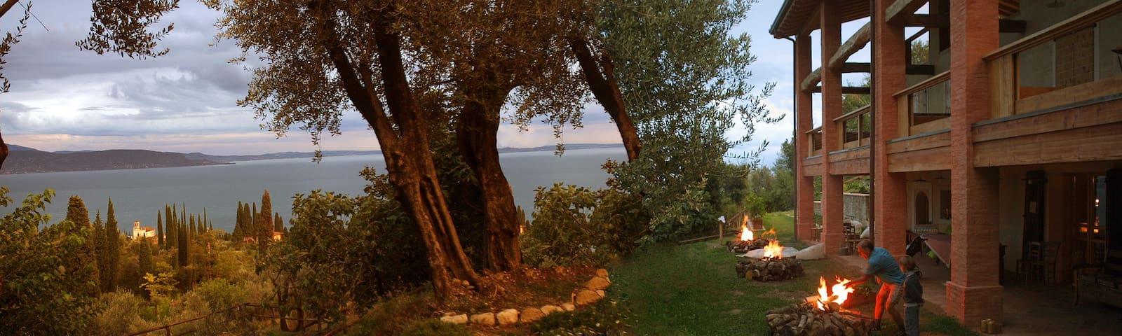 BIO B&B Casa di vacance Due di Moro - Gardone Riviera - Bed & Breakfast