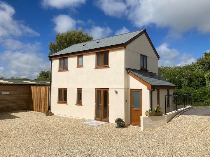Cornish cottage, central location to explore area.