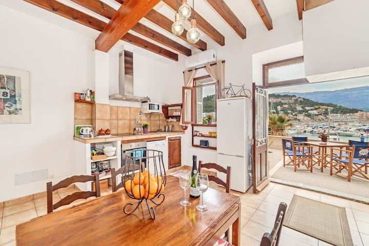 Panoramic view in the bay – Casa Cas Mariner