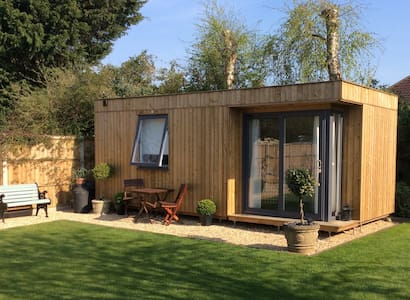 The Lodge@200 - Ringwood, New Forest - Cabana