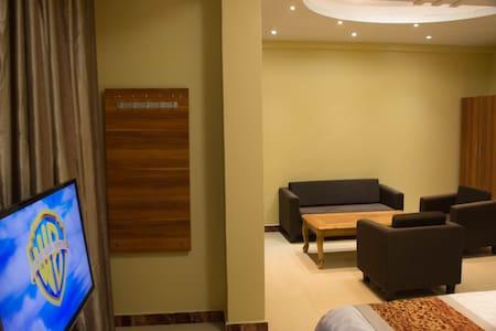 Hong Kong  Hotel - Dar es Salaam - Bed & Breakfast