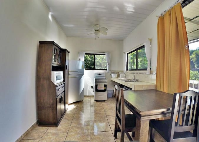 Apartment for Monthly Rent with 1br, 2beds & 1Bath