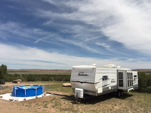 RV on a 1000 acres Wilderness Property