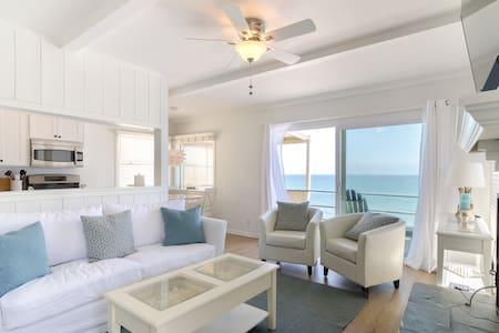 Suite 3 ~ Oceanfront Malibu Beach