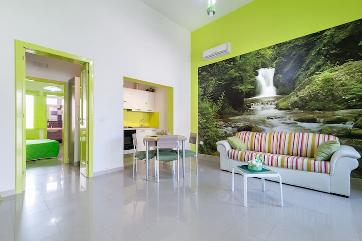 Charming holiday home with parking - Merine - Apartamento