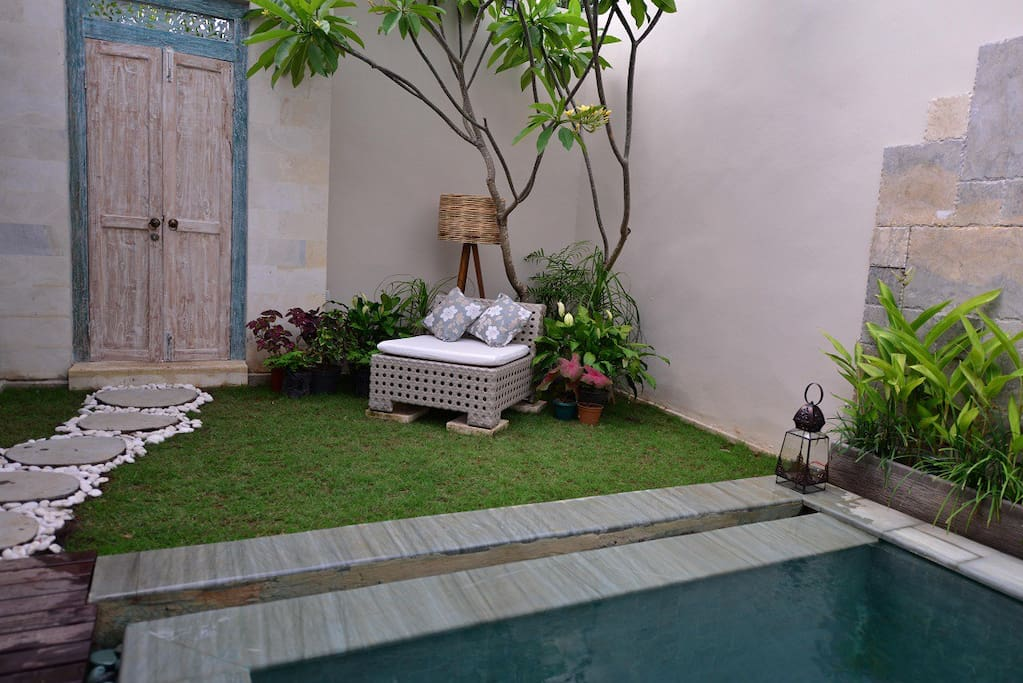 Little nook by the pool (Villa 10)