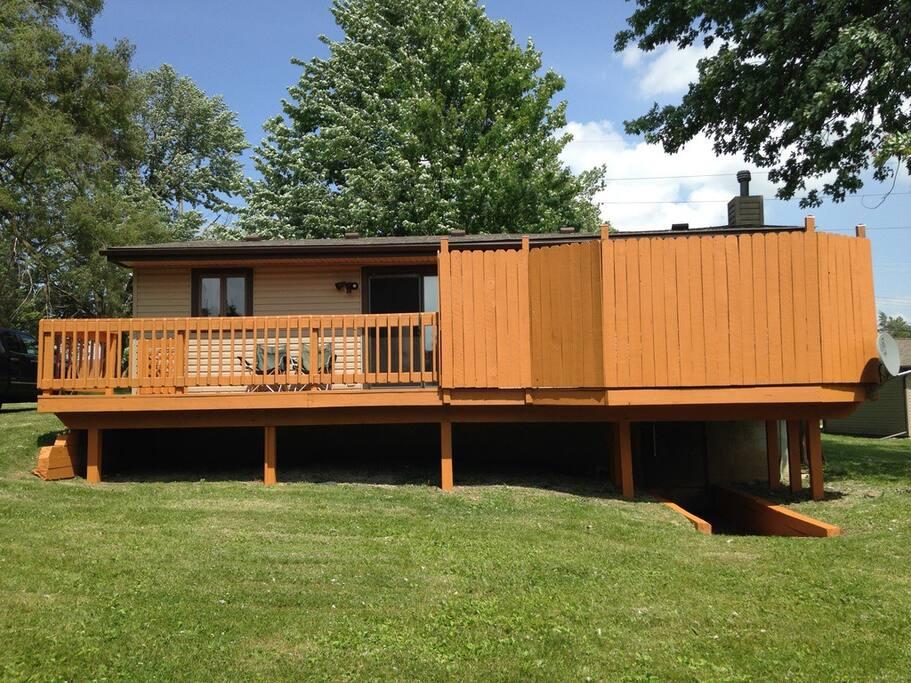 Large deck & back yard