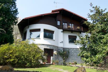 Villa Magnolia - Vassena - Vila