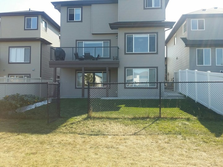 A two bedroom lower basement with 1 parking space