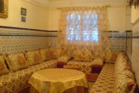 Chambre dans maison Traditionnelle - Rabat