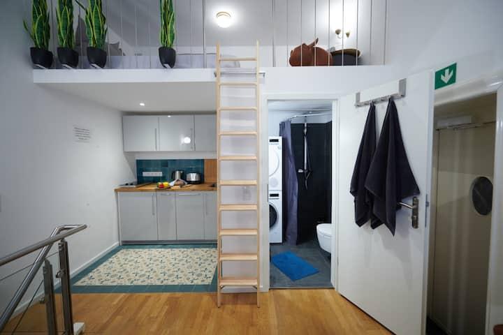 NEW Modern Maisonette Studio Ku Damm