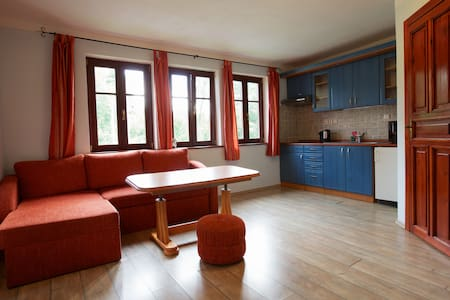 Apartment 2 - Vila near Forests - Chřibská - 公寓