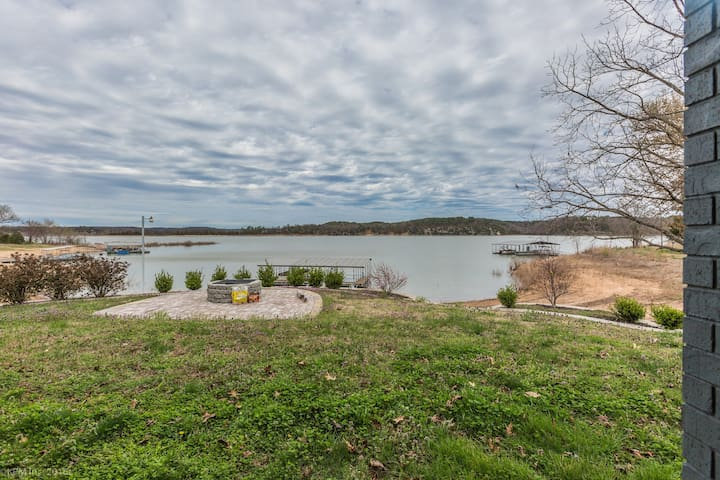 Lakefront Apartment Close to UofA - Rogers - Hus