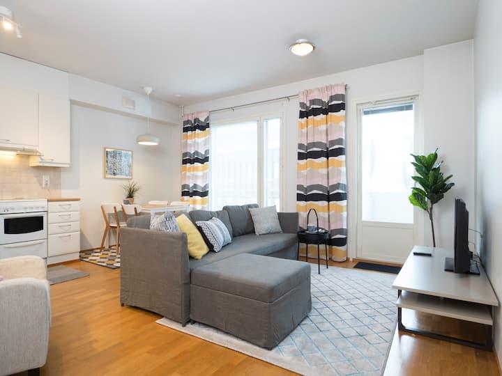 Kotimaailma: Cozy and modern (1BR) apartment+sauna