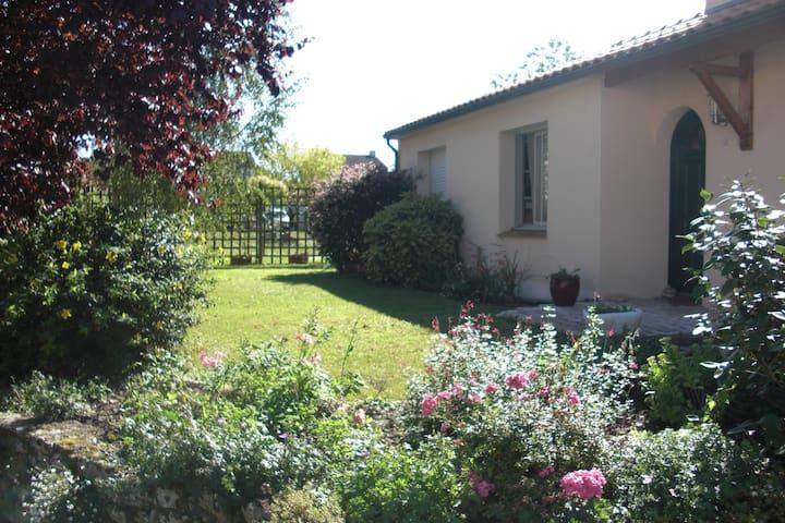 La maison de Catherine Chambre 1 - Les Sorinières - Hus