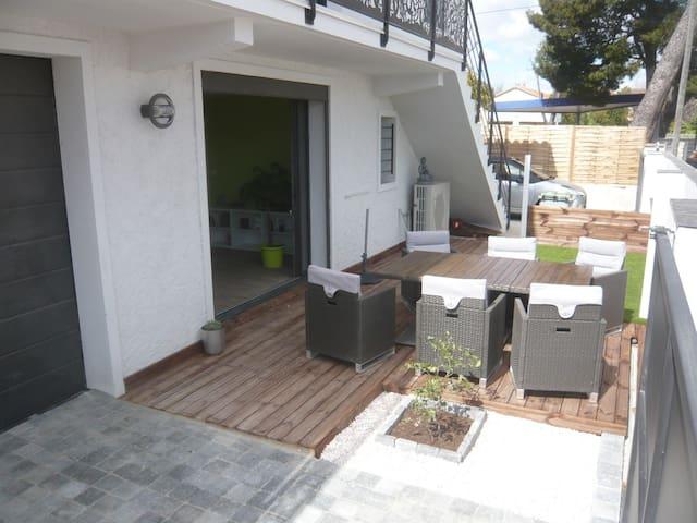 Bel appartement proche centre ville - Narbonne - Wohnung