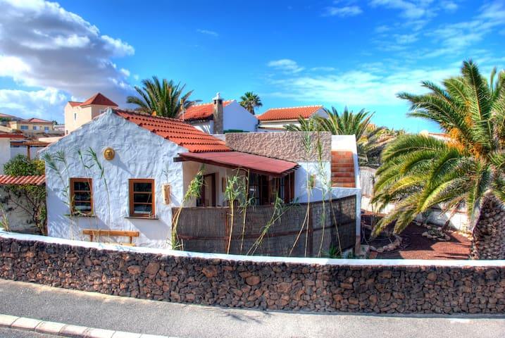 Casa del Sol - La Pared - Haus
