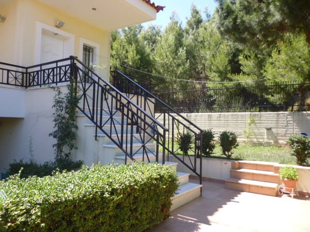 Ideal house for relaxing holidays - Dionisos - House