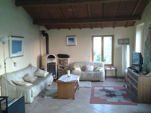 Holiday Home in Le Marche Italy - Isola di Fano - Huis