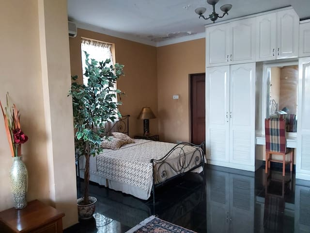 Luxury Apartment in the Heart of Colombo