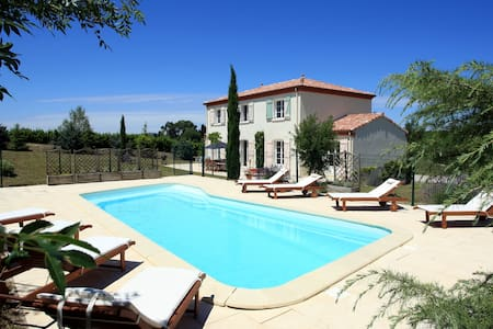 Country Villa with Private Pool - Bellegarde-du-Razès