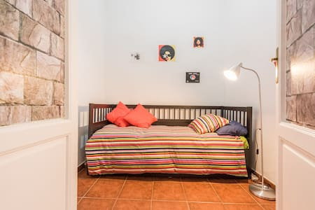 Funky Room in Madrid centre