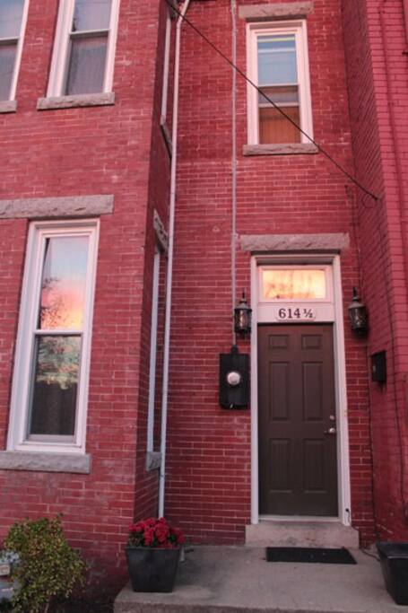 1896 row house -easy access entrance
